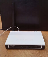 Tp-link modem router in great condition