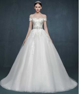 Wedding Dress (with veil and jewelry sets) Size 2-4