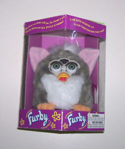 Furby 98 Original Edition Interactive Talking Model 70-800 London Ontario image 2
