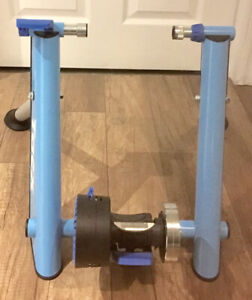 Tacx Blue Wheel Magnetic Trainer