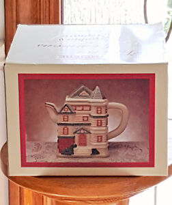 Papel Freelance teapot-Victoria Commons by Cranberry Square London Ontario image 2