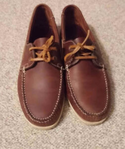 2 New leather shoes / Taille 12 size/ Deux souliers cuir neufs /