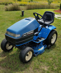Ford/New Holland LS25 Lawn Tractor