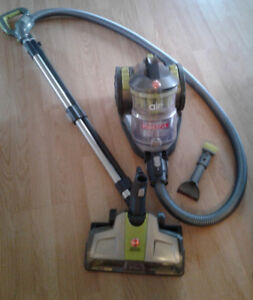 Hoover Air cyclonic canister vacuumn