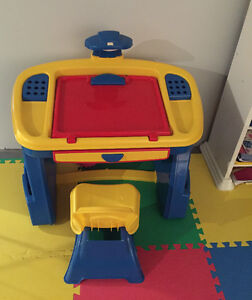 KIDS ART TABLE WITH CHAIR - BRAND NEW