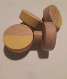 Set of 4 yellow solid oak furniture handles