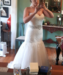 LE COUTURE Collection - Wedding Dress