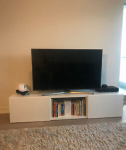 White TV Bench/Cabinet