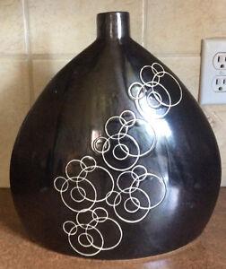 Vase,pot, bouteille