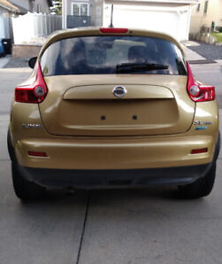 FULLY LOADED GOLD 2013 NISSAN JUKE SL