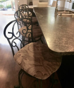 3 Counter Height Chairs that Swivel