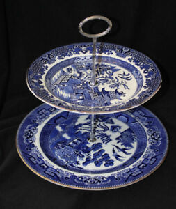 BLUE AND WHITE 2 TIER CAKE STAND