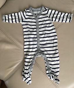 10 sleepsuits 3-6 months for baby boys