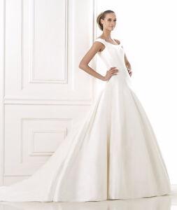 Pronovias Couture 'Balder' Wedding Dress - Mint Condition