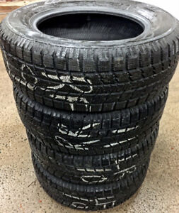 Toyo Winter tires 215/65R16 $340