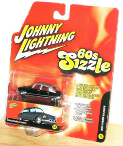 Johnny Lightning  60s Sizzle Series 1963 Citroen  DS Coupe