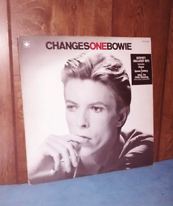 David Bowie Record - ChangesOneBowie