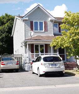Beautiful 3 Bdrm Home in Waterloo Village - Available May 1