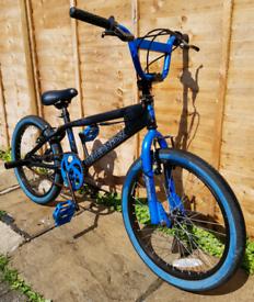 BMX Muddyfox Fracture bike