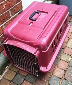 PETMATE PET CAGE PORTER MEDIUM KENNEL CRATE