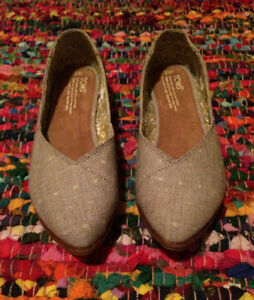Authentic Grey Toms Shoes.