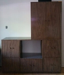 $50 MEUBLE MILIEU D'SIECLE VINTAGE/MID-CENTURY 2-PC BAR/CABINET
