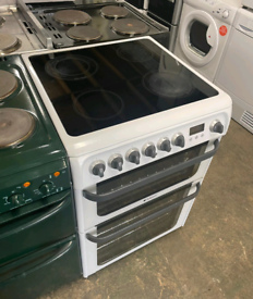 HOTPOINT 60CM ELECTRIC OVEN