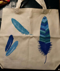 Feather tote bag - hand painted