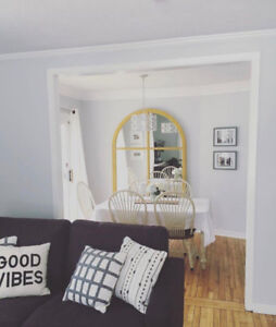 Modern 2 Bedroom Upper Level Recently Renovated Apartment