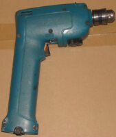 Makita Cordles Drill with batteries and case.