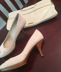Pumps and matching clutch - Size 8.5