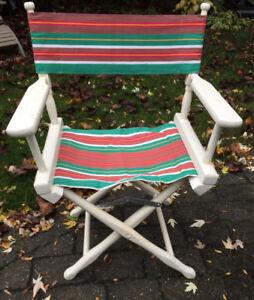 Quatre chaises pour l'extérieur ou l'intérieur