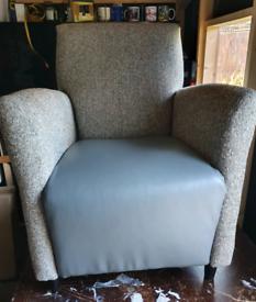 2 brand new corner chairs
