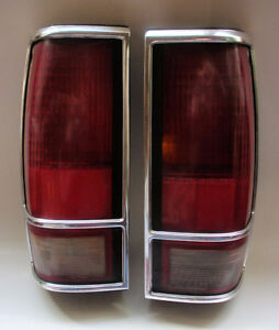 TAIL LIGHTS PAIR GMC JIMMY S-15, BLAZER 1989 + OTHER YEARS