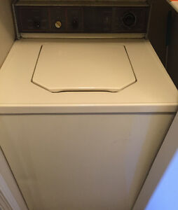 Reno Sale - GM Washer Dryer Set