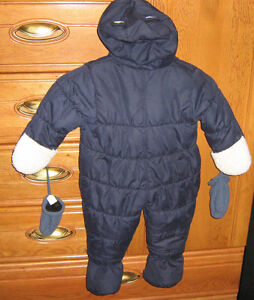 Infant Snow Suit By OSHKOSH Size 18M Belleville Belleville Area image 2