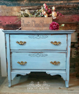 Antiqued small dresser