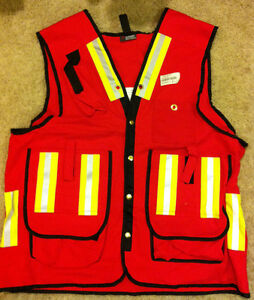 Surveyor/Supervisor Safety Vest Edmonton Edmonton Area image 1