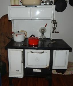 1940 Findley Vega ccokstove
