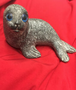 Baby seal carved soapstone   5.5 w x 3 h