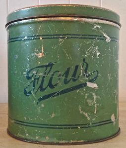 Antiquité Collection Magnifique boîte très ancienne en fer FLOUR