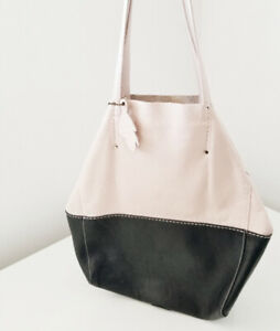 296c13889e ROOTS made in Canada Genuine Leather tote bag beige black purse