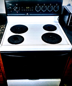 Kitchen Stove for Sale  (Glace Bay)