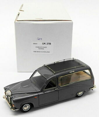 Minimarque 43 1/43 Scale Model Car UK37B - 1968 Daimler DS420 Hearse - Grey