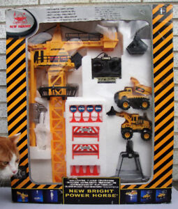 New Bright Remote Controlled Tower Crane - New in the Box!