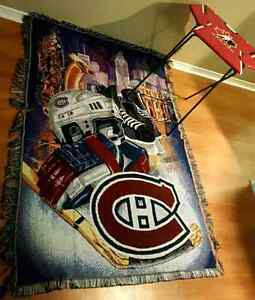 MONTREAL CANADIEN ( WALL RUG / TABLE / TAPIS DECORATIVE / TABLE)