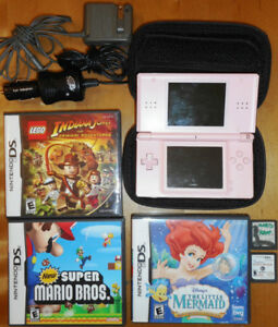 Nintendo DS LITE - Mario Bros Mario Kart Indiana Jones etc .