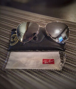Men's Mirrored Ray Ban sunglasses in great condition