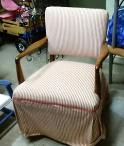 Perfect arm chair to refurbish. Peterborough Peterborough Area image 1