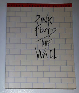 PINK FLOYD THE WALL Guitar Tablature Ed. (Illustrated Song Book)